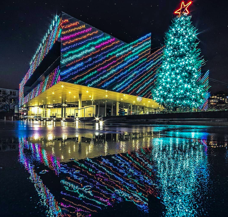 The Polygon Gallery Christmas Tree Lights