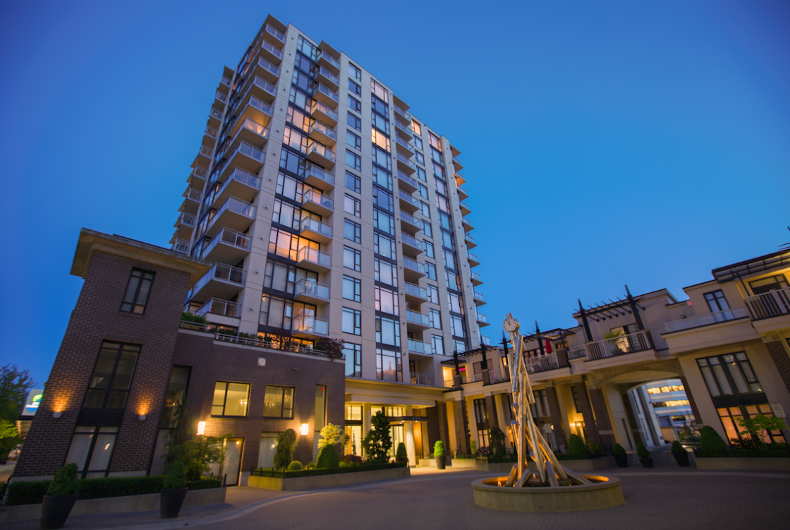 Condo Apartment For Sale Time Building Lower Lonsdale Shipyards North Vancouver British Columbia Canada 456476