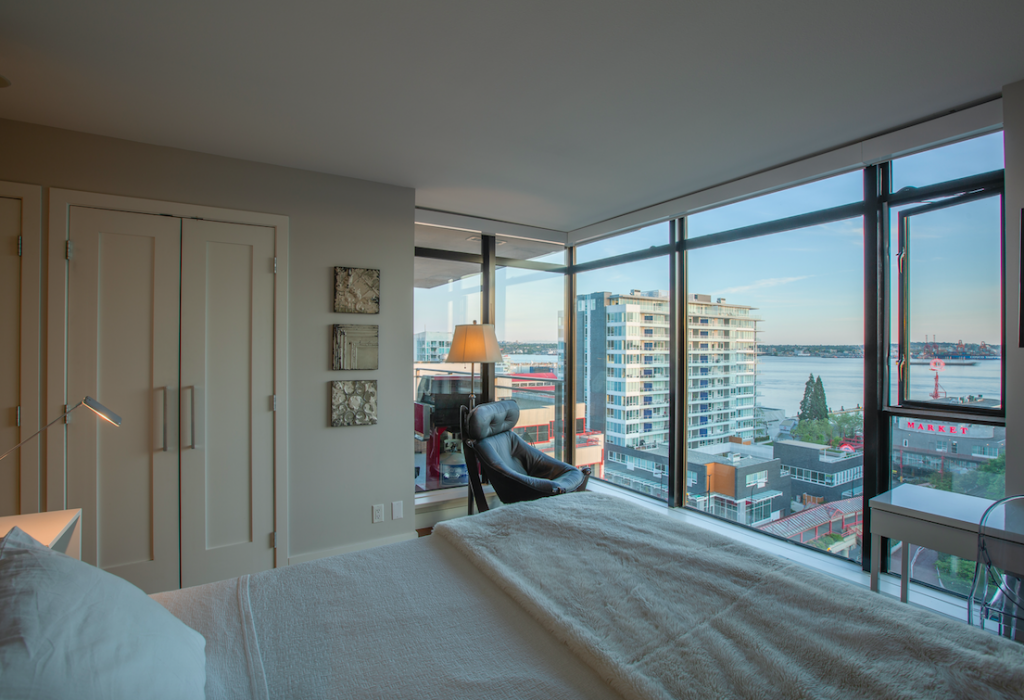 Condo Apartment For Sale Time Building Lower Lonsdale Shipyards North Vancouver British Columbia Canada 58567467