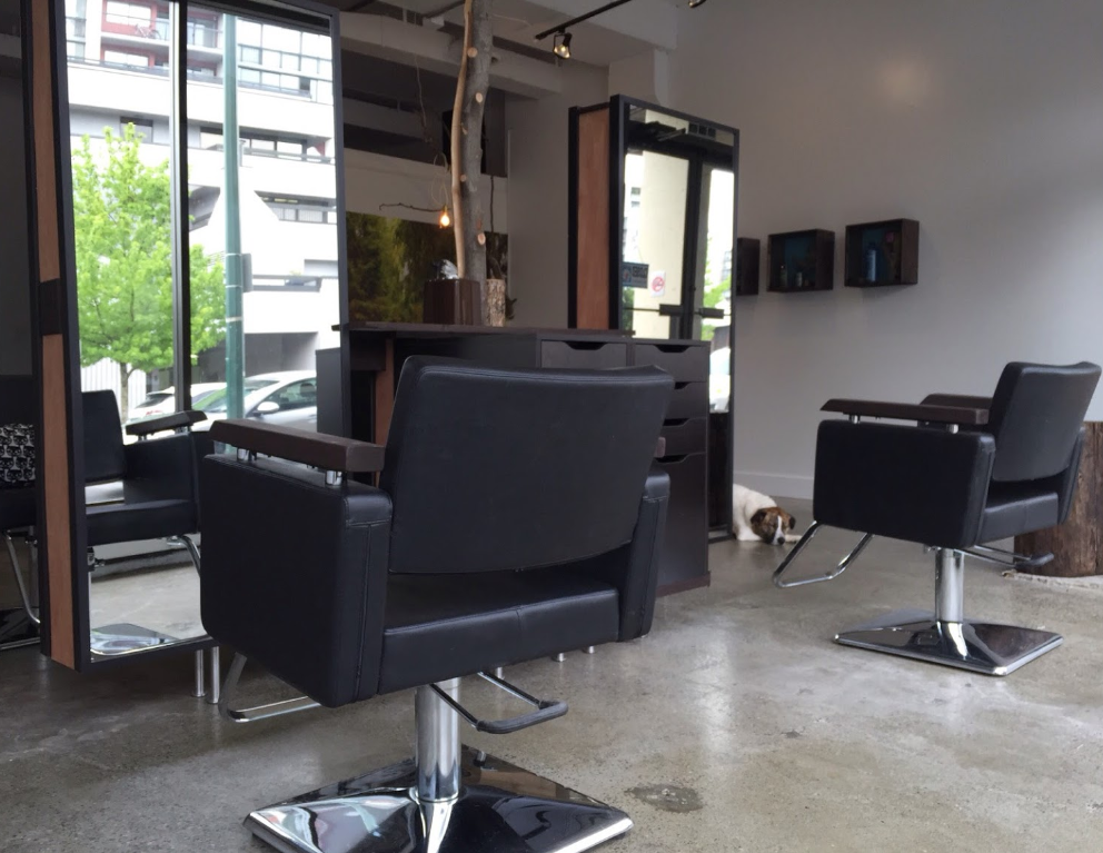 Hair Salon Barber Shop Chair Rental Central Lonsdale Avenue North Vancouver British Columbia Canada